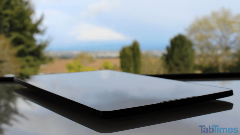 Google-Nexus-9-front-angle-view 7