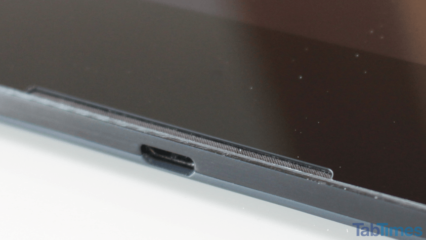Google-Nexus-9-speaker-USB-port 15