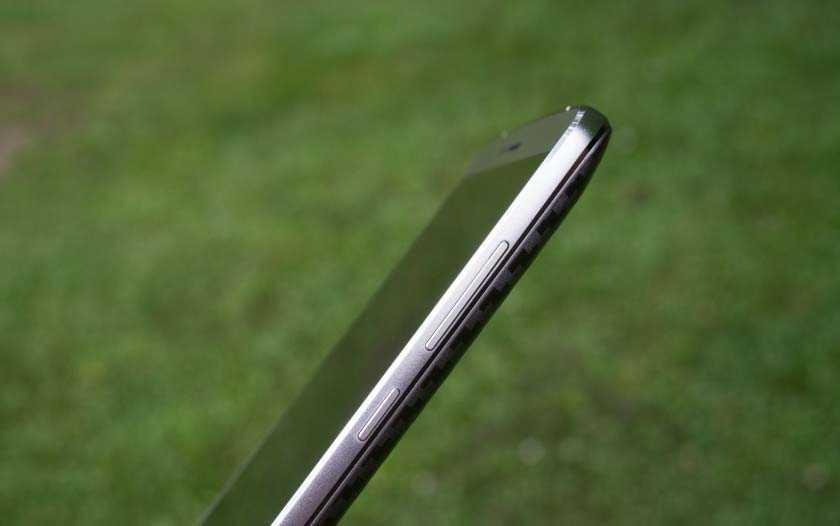 Epephone P8000 действительно тонкий и совсем легенький