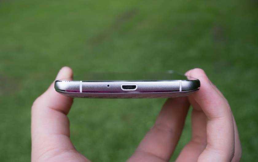 У Elephone P8000 немного неисправен сканер отпечатков пальца, надеемся это вскоре исправят
