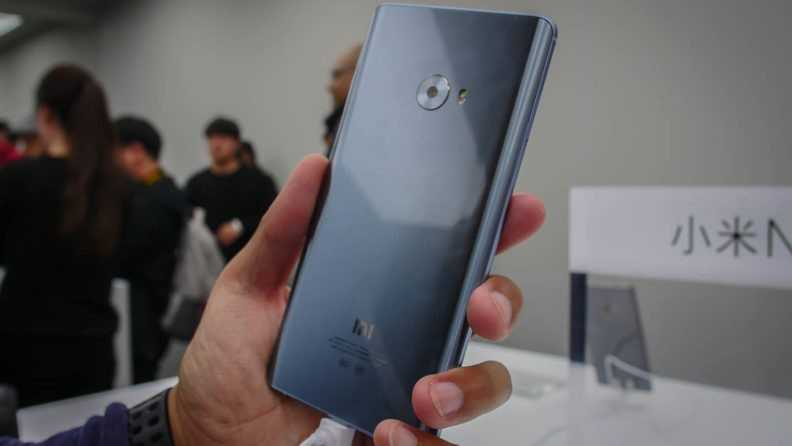 xiaomi-mi-note-2-hands-on-first-look-aa-16-792x446