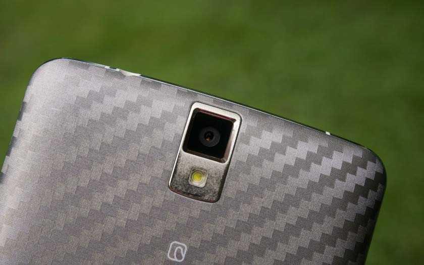Пусть у Elephone P8000 камера 13 MP, это не означает что она идеальна, мы нашли пару проблем.