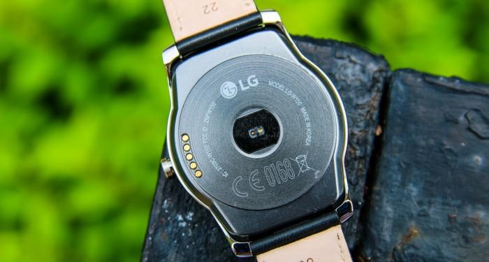 Смартчасы LG Urbane: Детальный обзор